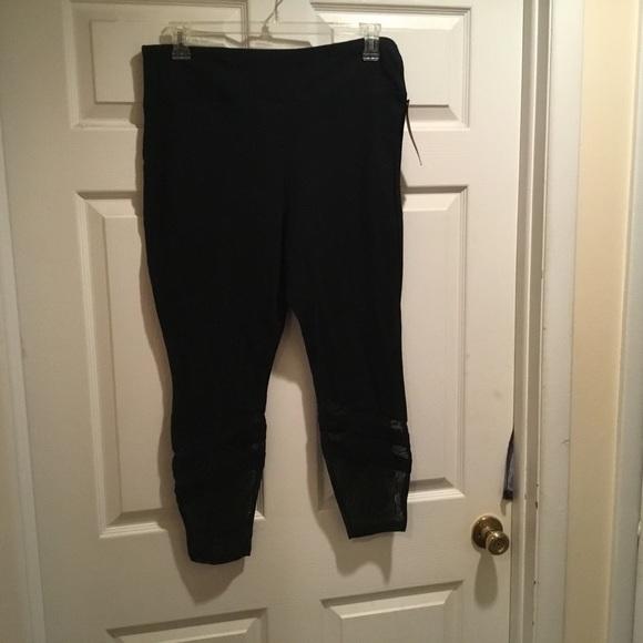 c69c0c6bea55b9 Mossimo Supply Co. Pants   Mossimo Womens Black Capri Leggings Size ...